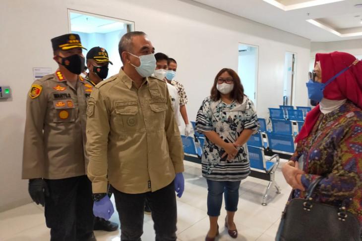 Bupati Tangerang akan  buka sentra vaksin covid di zona merah