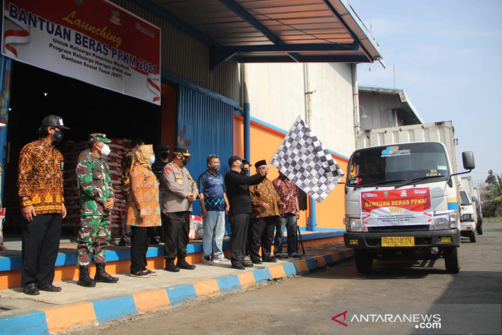 Bulog Bengkulu salurkan 1,2 ribu ton beras bantuan PPKM