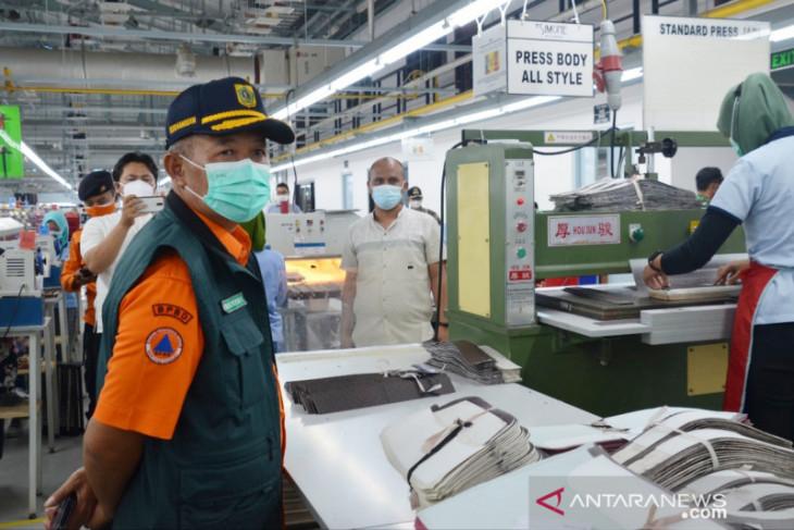 14 industri di Bogor kena sanksi tipiring selama PPKM darurat
