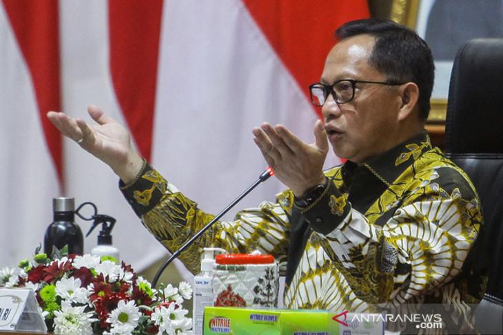 Mendagri terbitkan instruksi PPKM level 4 Jawa dan Bali
