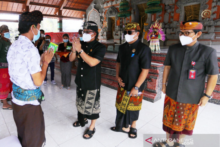 Pemkab Badung berikan bantuan langsung tunai PPKM Darurat kepada masyarakat