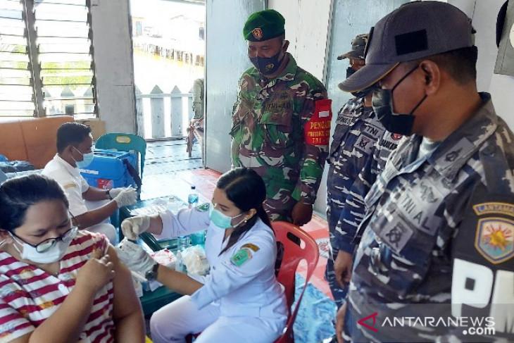 TNI-AL Tanjungbalai-Asahan kembali gelar serbuan vaksin maritim