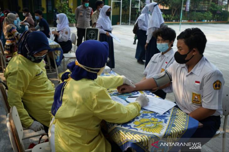 Pelajar usia 12 sampai 17 tahun di Kabupaten Tangerang mulai divaksinasi