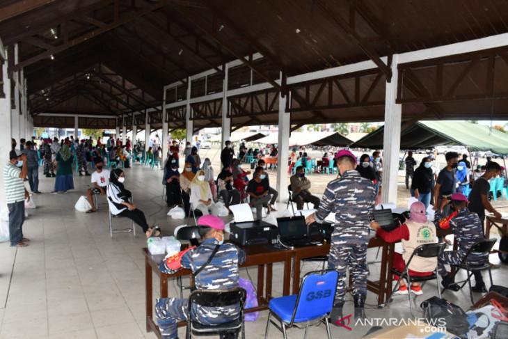 Pasmar 3 gelar vaksinasi gratis bagi masyarakat maritim Sorong