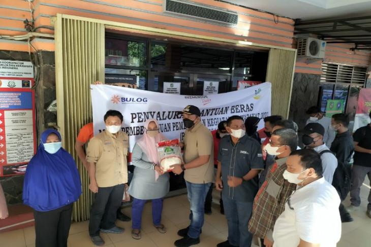 Bulog Sumut mulai salurkan beras  untuk bantuan sosial tunai dan PKH