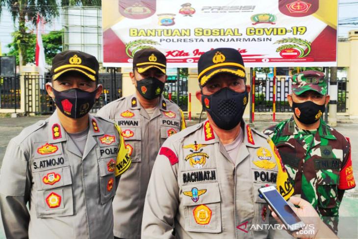 Polresta Banjarmasin gelar Bansos bagikan ratusan paket sembako kepada masyarakat