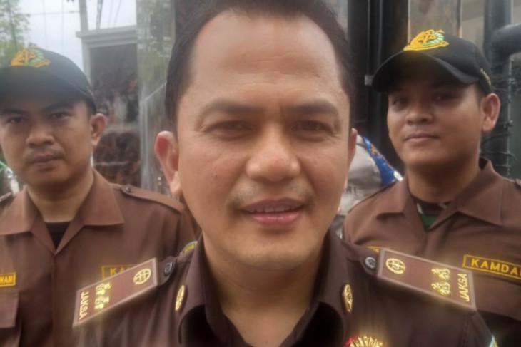 Kejari Medan tahan mantan Kepala SMAN 8  terkait kasus korupsi