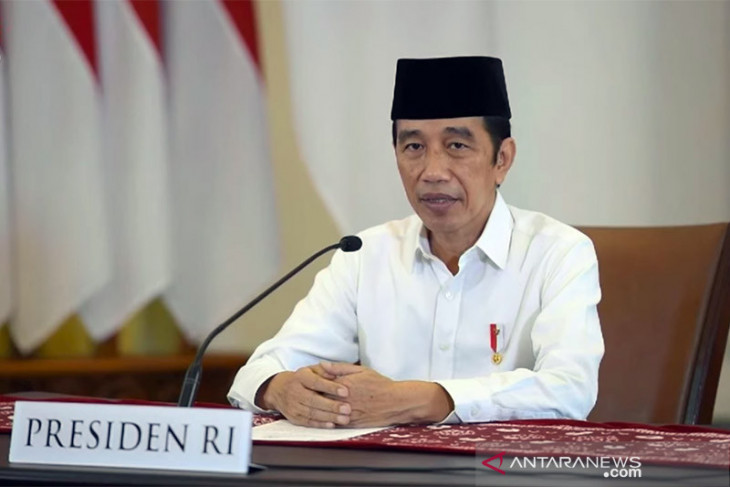 Presiden Jokowi shalat Idul Adha di Istana Bogor bersama Paspampres