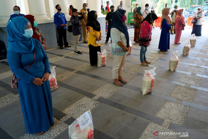Govt to boost social protection budget by Rp33 trillion