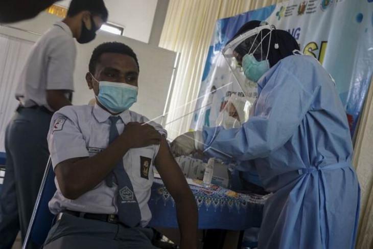 Vaksin COVID-19 kepada pelajar