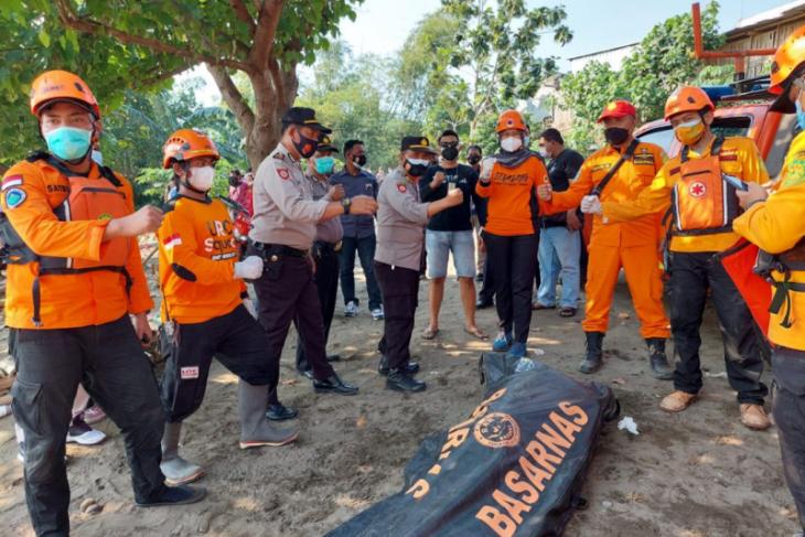 Dua orang tenggelam di Sungai Brantas Kediri, seorang belum ditemukan