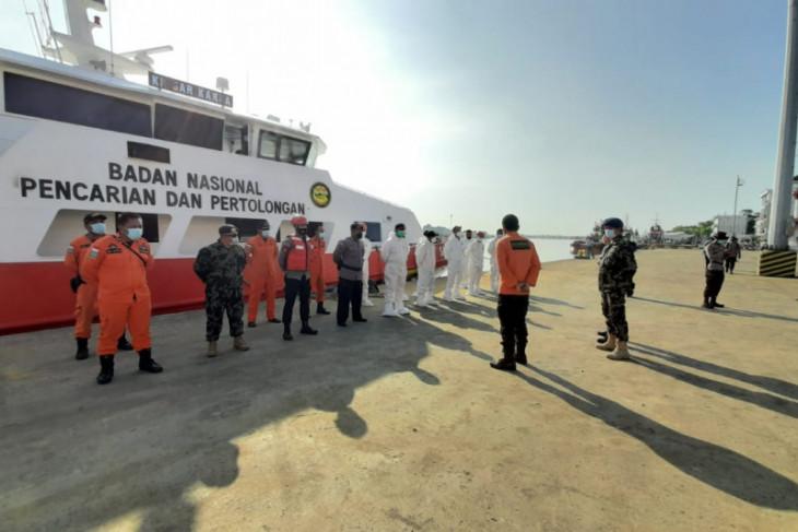 SAR Pontianak tetap lanjutkan pencarian puluhan nelayan yang tenggelam