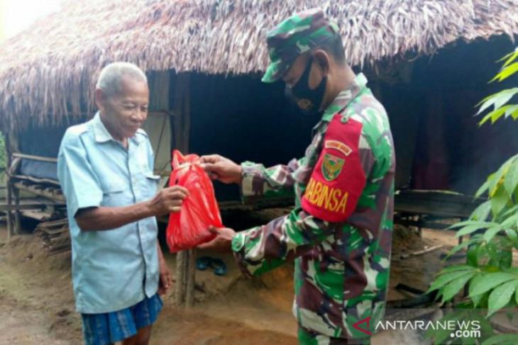 Kodim 0414 Belitung distribusikan 600 paket daging kurban dari pintu ke pintu