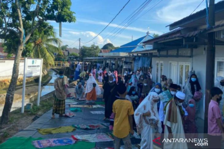 Umat Islam di Belitung shalat Idul Adha dengan prokes ketat