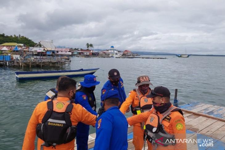 Nelayan Nusalaut ditemukan terdampar di perairan Desa Haya begini penjelasannya