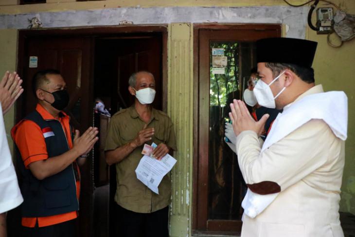 Pemkot Tangerang salurkan BST ke warga terdampak pandemi