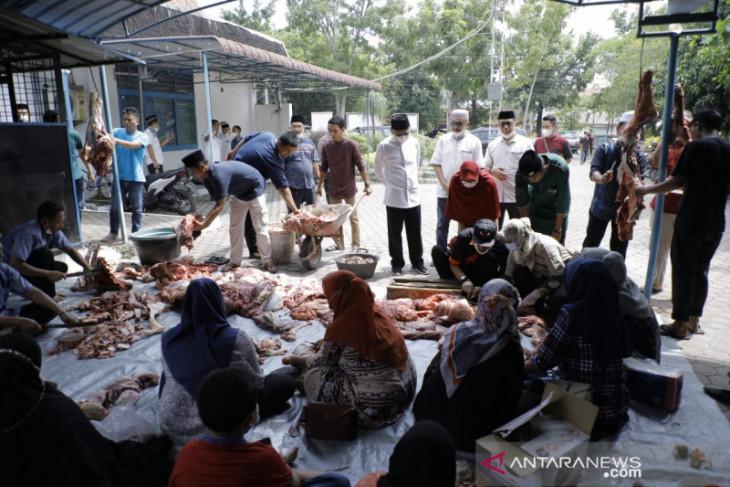 Pemkab Asahan bagi 7000 kupon daging kurban ke masyarakat