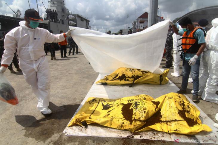 Pencarian korban KM tenggelam di perairan Kalbar diperpanjang