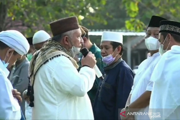 Bupati Bangka Barat ajak maknai Idul Adha untuk berbagi