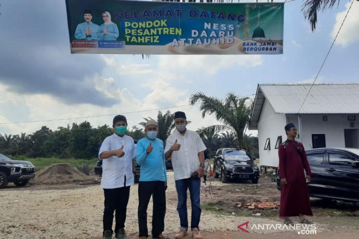 Telkom Witel Jambi berkurban di Ponpes Daaru At Tauhid