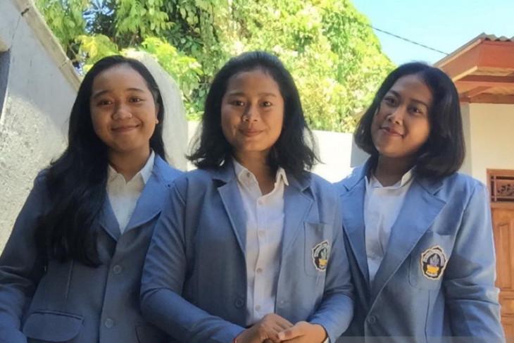Tiga mahasiswi Undiksha raih medali