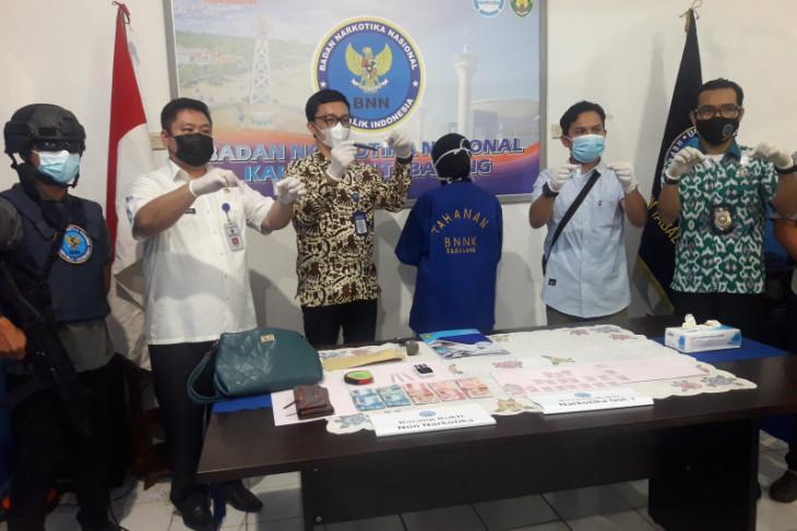 BNNK Tabalong amankan wanita pengedar sabu