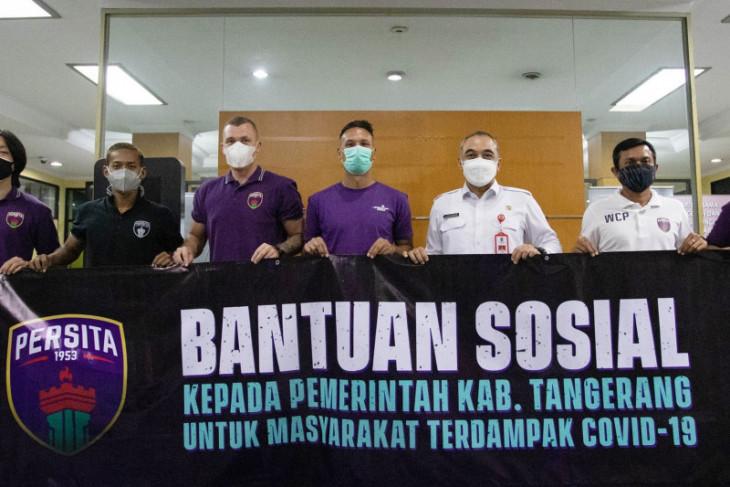 Persita Tangerang  donasikan bantuan sosial ringankan dampak COVID-19