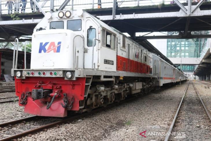 Volume angkutan barang KAI Sumut di bawah target
