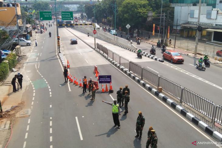 Jakarta confirms extension of worker registration certificates