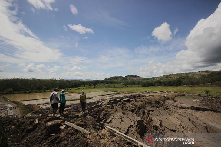 Tanah Bergerak Di Kabupaten Tapin