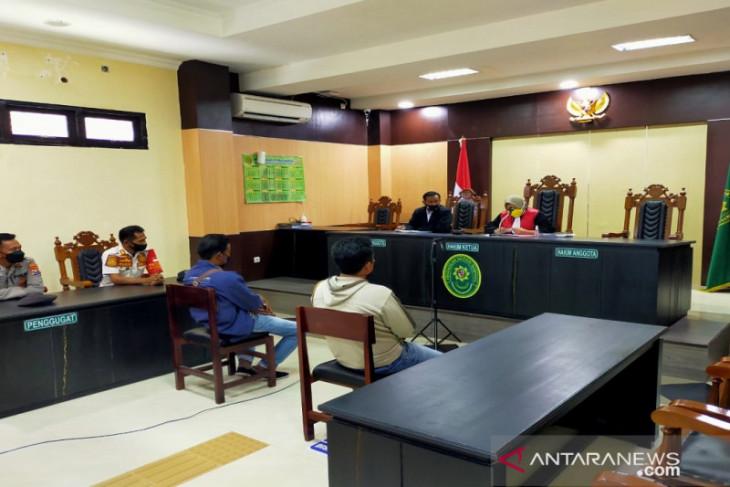 Langgar protokol kesehatan saat PPKM, warga Sampang didenda Rp1 Juta