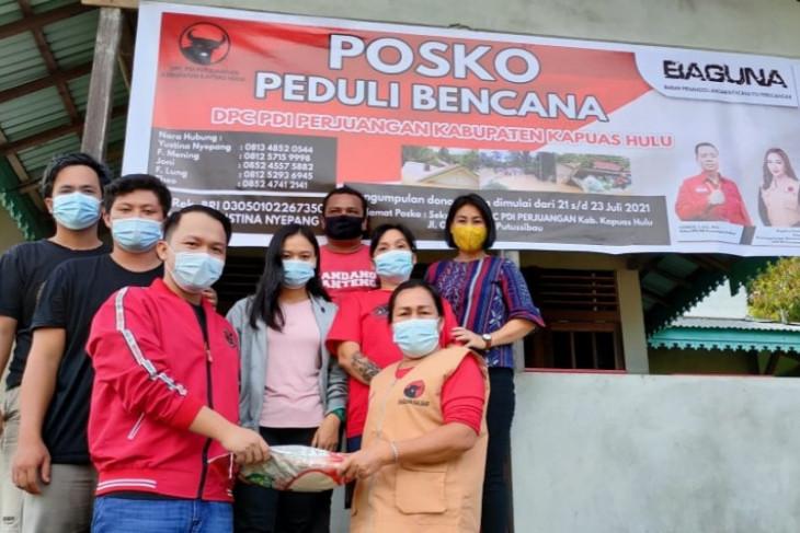 Baguna PDI Perjuangan Kalbar bantu korban banjir Kapuas Hulu