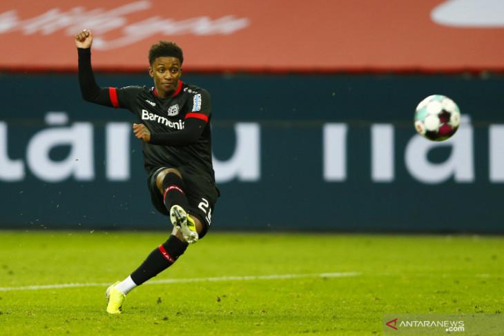 Everton dapatkan pemain  sayap Demarai Gray dari Bayer Leverkusen