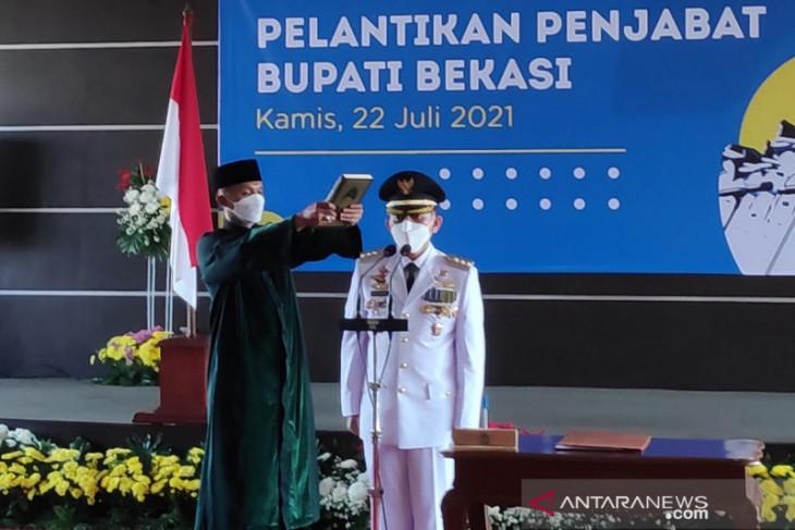 Gubernur Jabar melantik Penjabat Bupati Bekasi (video)