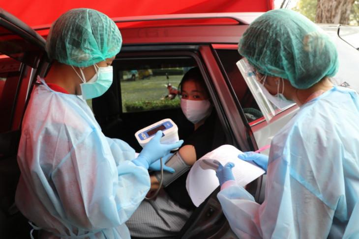 Ubaya-Halodoc dan Polrestabes Surabaya kolaborasi gelar vaksinasi COVID-19 secara lantatur