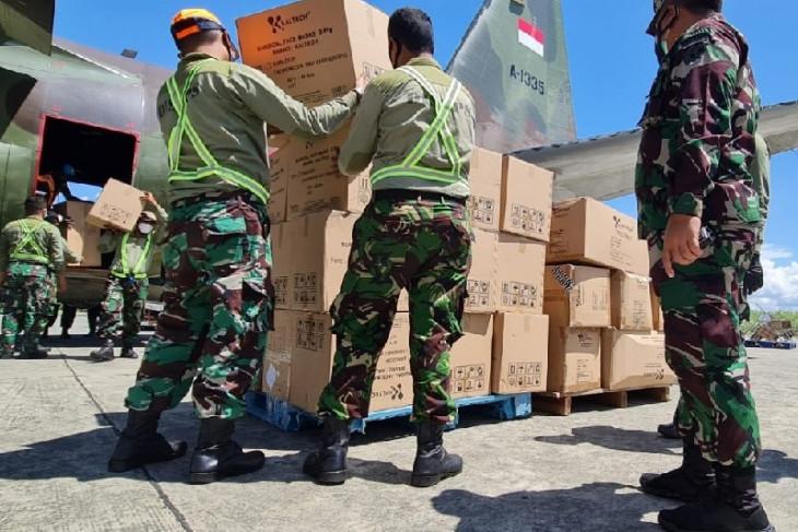 Panglima TNI bantu tabung oksigen dan alat kesehatan ke Papua