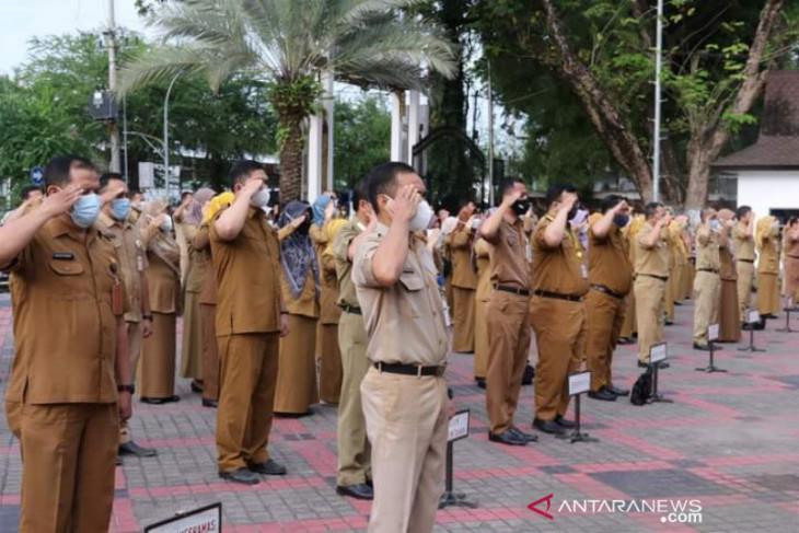 Wali Kota Banjarmasin minta seluruh  ASN tidak keluar daerah