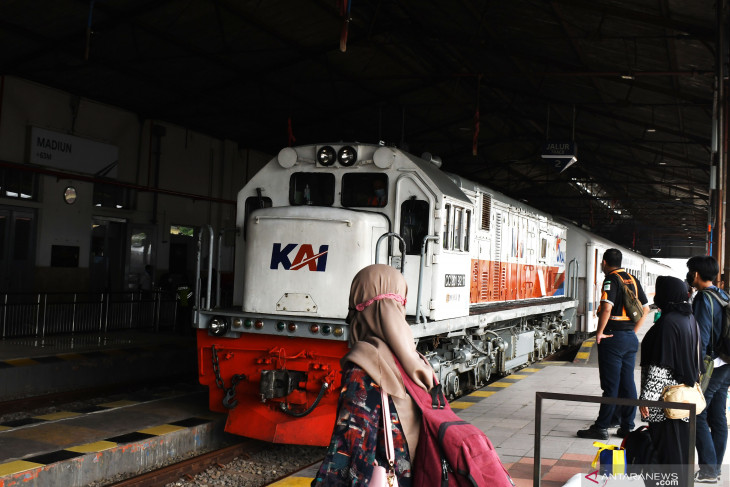 Jumlah Penumpang KA Turun 90 Persen di Madiun