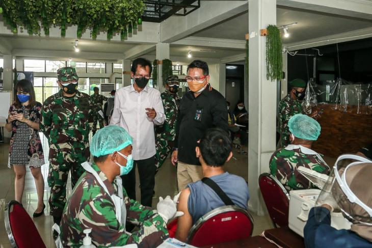 Pelaksanaan vaksinasi massal di SIER Kota Surabaya jadi percontohan