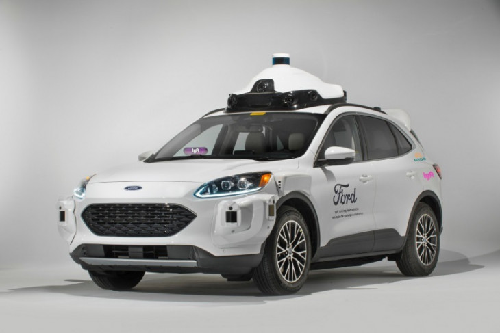 GM gugat Ford atas penggunaan merek dagang