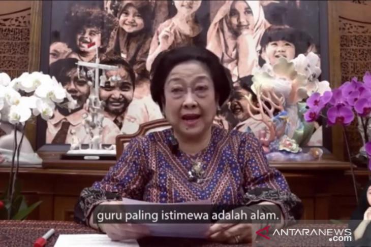 Puncak HAN 2021, Megawati ajak anak belajar kembali ke alam