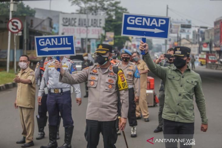 Wali Kota dan Kapolresta Bogor Kota tinjau pelaksanaan ganjil-genap di lokasi