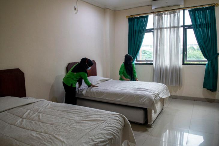 240 karyawan isolasi mandiri secara ilegal di hotel