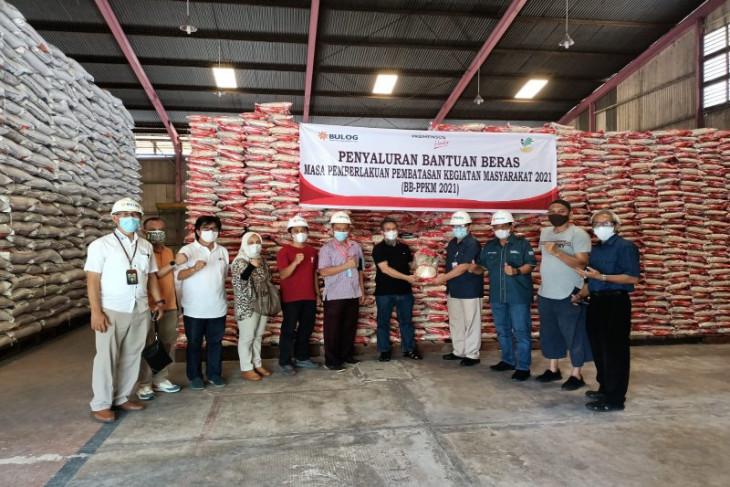 Bulog Sumut salurkan  beras ke 1.266 keluarga penerima manfaat