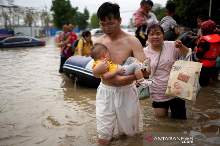 Zhengzhou dilanda COVID varian Delta di tengah pemulihan bencana banjir
