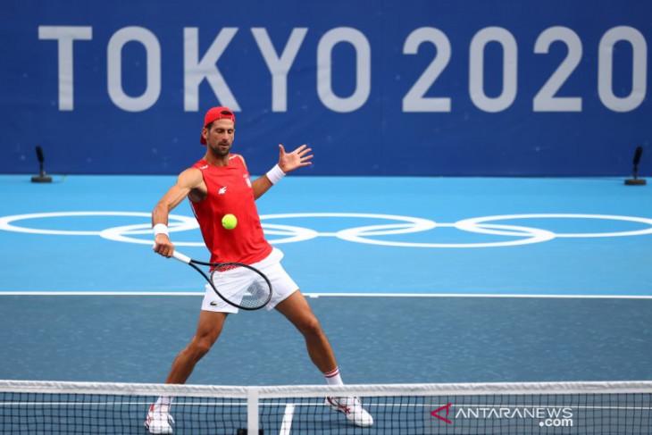 Olimpiade Tokyo, Djokovic dan Osaka melaju ketika para unggulan putri tumbang