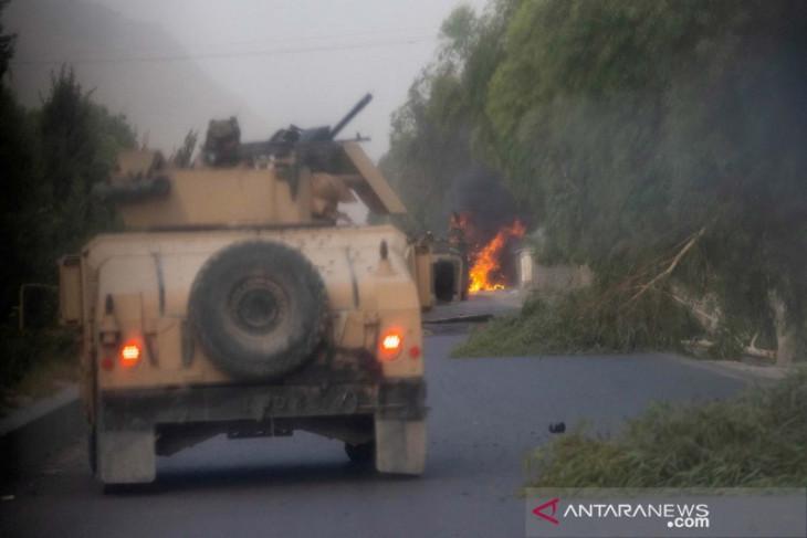Serang Taliban dari udara, AS terus bantu Afghanistan