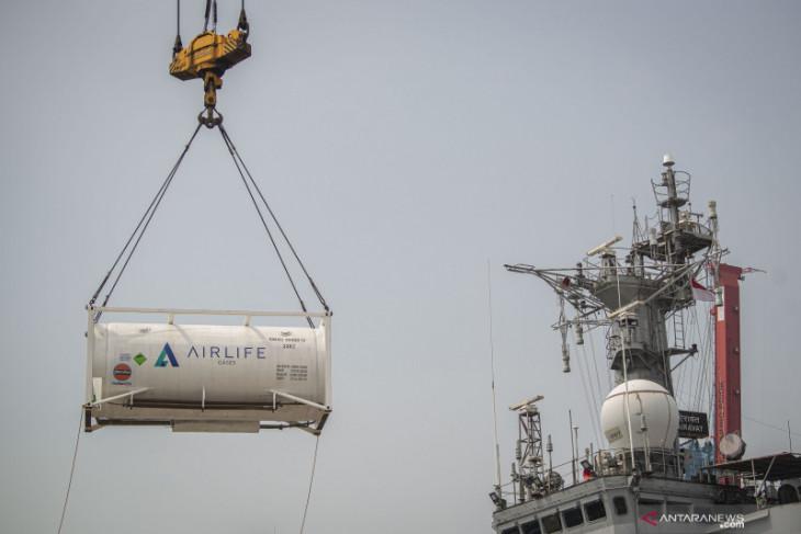 Switzerland ships 600 oxygen concentrators to Jakarta