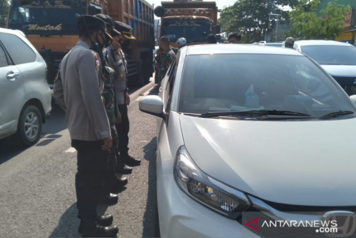 Denda pelanggar PPKM Darurat di Karawang terkumpul Rp103 juta lebih