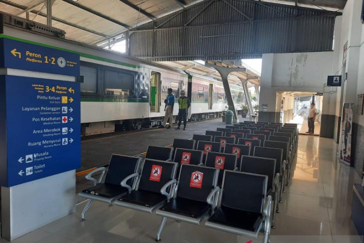 Berikut  syarat perjalanan KA Jarak Jauh dan KA Lokal mulai 26 Juli